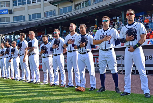 Syracuse Chiefs Carry a Bead