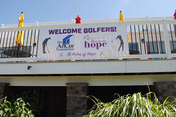 Maureen's Hope Foundation- onsite_golf